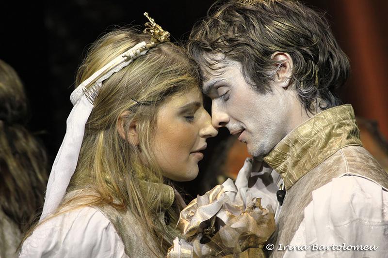 """foto din """"Romeo si Julieta"""", regia: Mihai Mălaimare"""